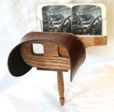 1024px-Holmes_stereoscope